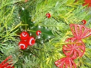 JN_LadyBugs_Wreath_2014_325h