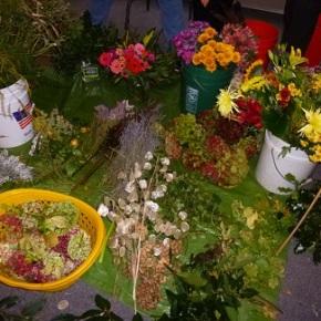 Floral Arrangements by YOU!   Nov 20, 2019 –1-3pm